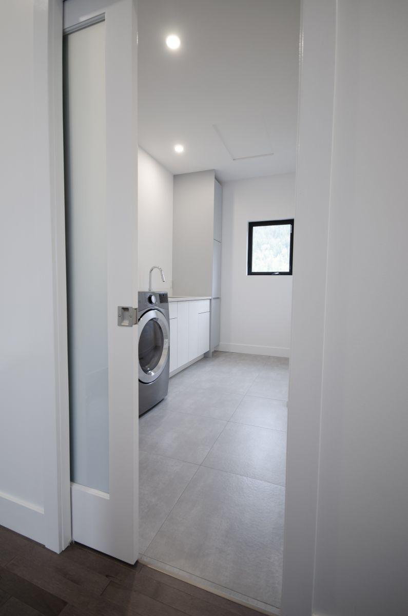 Laundry-1a